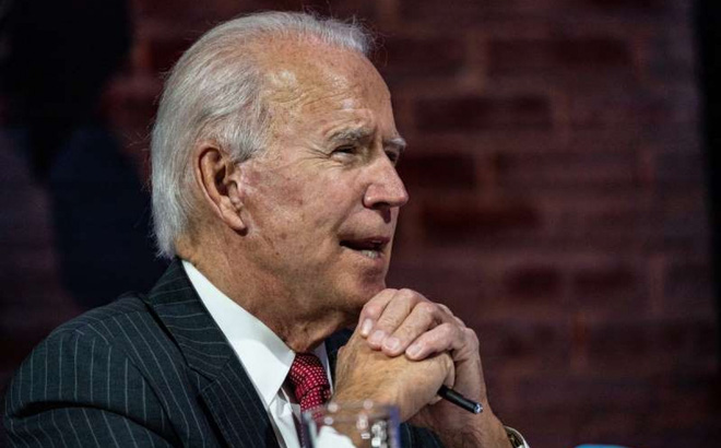 """""""Chính quyền ông Biden"""" phải làm gì để không """"rơi vào bẫy"""" của Trung Quốc?"""