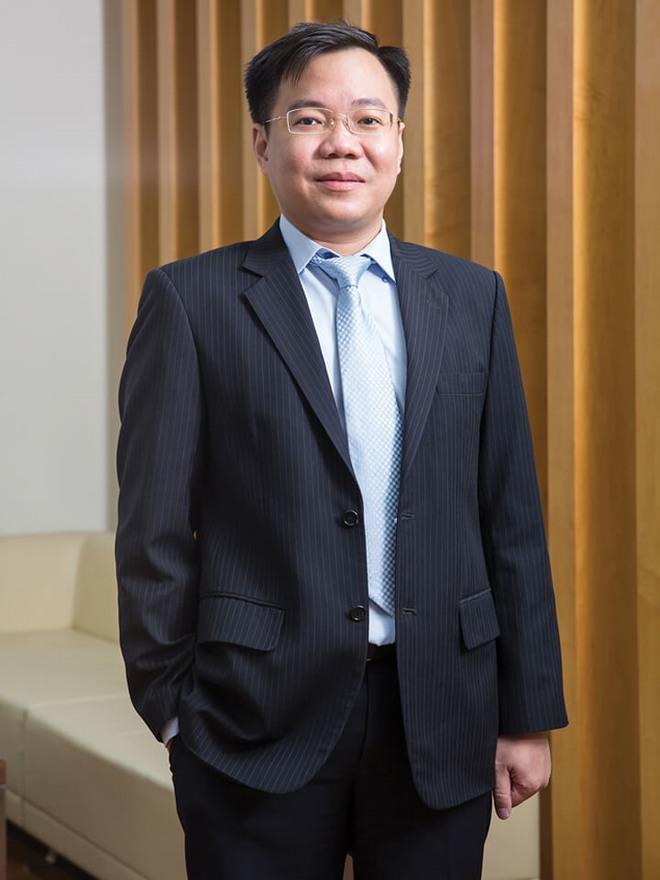 Khám nhà nguyên chánh văn phòng thành ủy TPHCM Phạm Văn Thông - Ảnh 1.