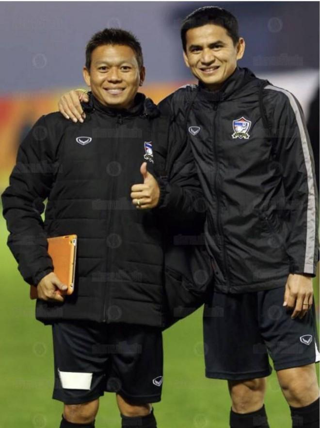 Kiatisuk đem lương khủng mời cầu thủ Thái Lan tới HAGL, hé lộ về vị trợ lý người Thái - Ảnh 1.