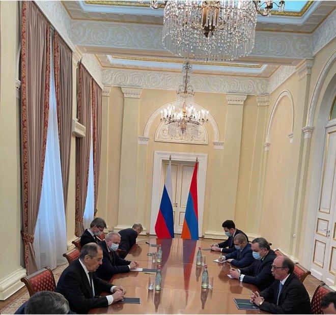 Tình tiết lạ khi Armenia tiếp đoàn 2 Sergei của Nga: Sự cố hay hành động có chủ đích? - Ảnh 4.