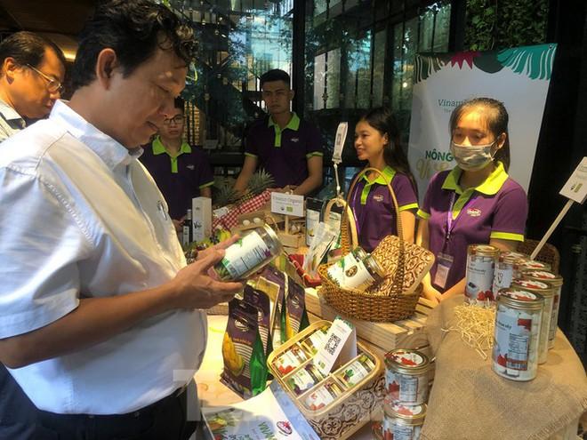 TPHCM: Dân nội trợ 'tranh nhau' mua heo rừng hữu cơ gần 400.000 đồng/kg - Ảnh 5.