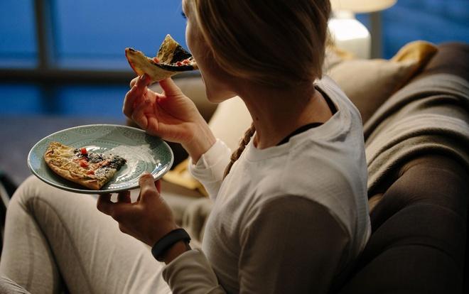 Ăn sáng cho mình, ăn trưa cho bạn và ăn tối cho kẻ thù: Câu nói nửa đúng, nửa sai! - Ảnh 2.