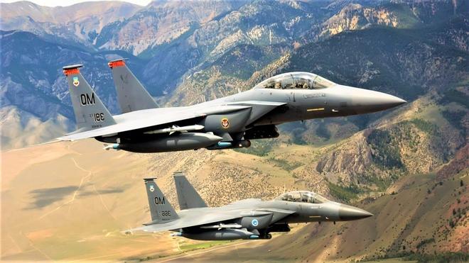 Tin tặc - Từ hack máy bay chiến đấu đến làm rơi hoặc biến vệ tinh thành vũ khí - ảnh 1
