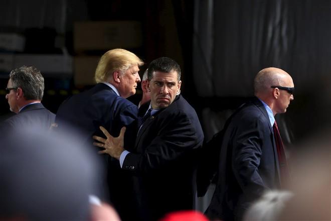 ABC News: Thêm dấu hiệu cho thấy sự chuẩn bị âm thầm và gấp rút cho ngày ông Trump rời Nhà Trắng - Ảnh 2.