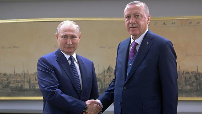 Mỉm cười với Thổ Nhĩ Kỳ, thanh gươm của ông Putin vẫn treo lơ lửng - Ảnh 3.