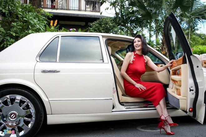 Choáng ngợp trước khối tài sản khủng của ba Hoa hậu giàu nhất Việt Nam - ảnh 13
