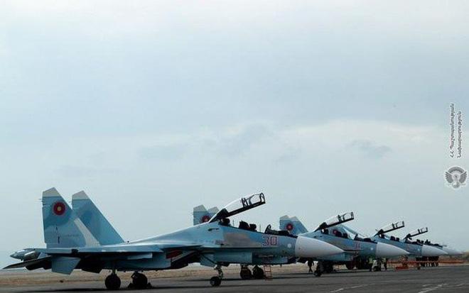 Lạnh gáy trước phòng không Azerbaijan, Su-30SM Armenia run sợ - Xuất kích là chết? - Ảnh 1.