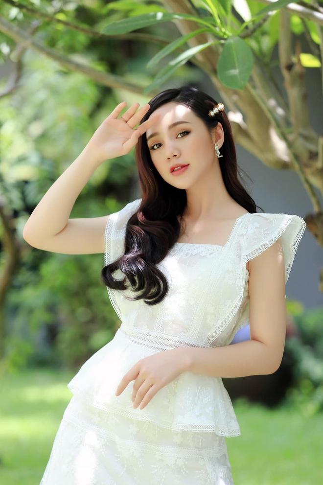 Hot girl nóng bỏng nhất Loa phường đã thay đổi ra sao? - Ảnh 10.