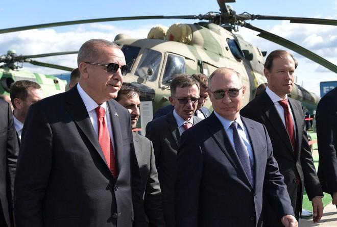 Ông Putin giăng bẫy, mưu đồ kéo Thổ Nhĩ Kỳ ra khỏi NATO: Không dễ! - Ảnh 2.