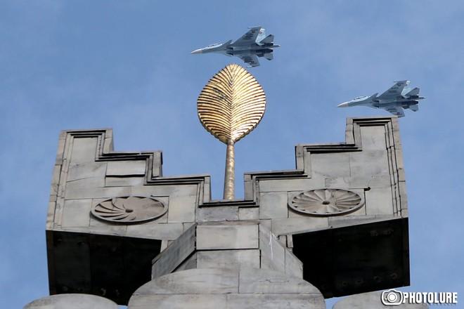 Lạnh gáy trước phòng không Azerbaijan, Su-30SM Armenia run sợ - Xuất kích là chết? - Ảnh 4.