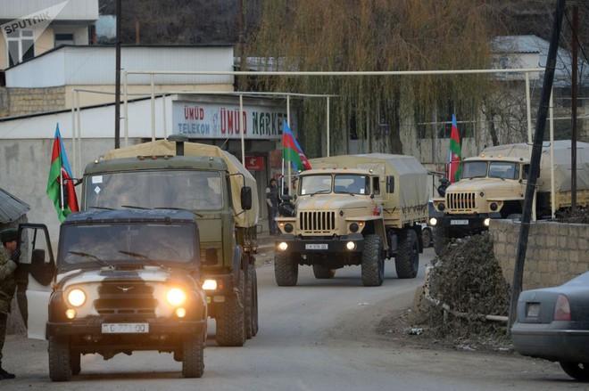 TT Erdogan tiếp tục cầu xin ông Putin về căn cứ Thổ - Armenia đốt phá sạch trước giờ G ở Karabakh - Ảnh 7.