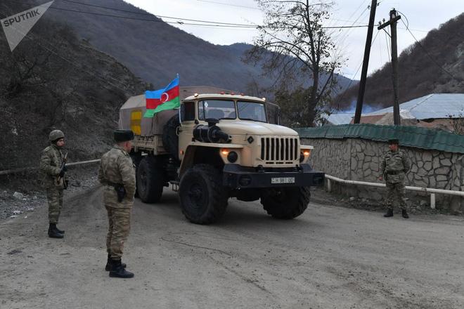 TT Erdogan tiếp tục cầu xin ông Putin về căn cứ Thổ - Armenia đốt phá sạch trước giờ G ở Karabakh - Ảnh 9.