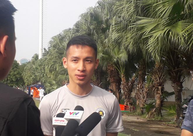 Đỗ Hùng Dũng mở đường xuất ngoại cho cầu thủ Việt Nam - Ảnh 1.