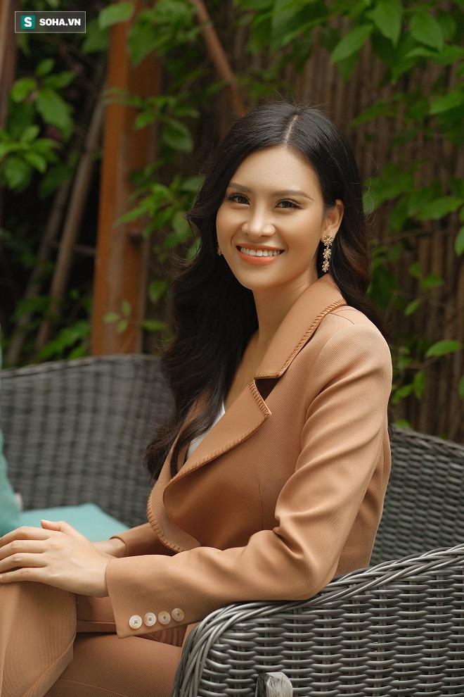 Thi chui, nhái váy dạ hội ở Hoa hậu Trái Đất và sự thật về người đẹp Thái Thị Hoa - Ảnh 5.