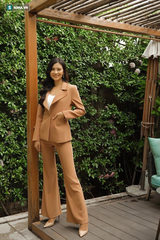 Thi chui, nhái váy dạ hội ở Hoa hậu Trái Đất và sự thật về người đẹp Thái Thị Hoa - Ảnh 1.
