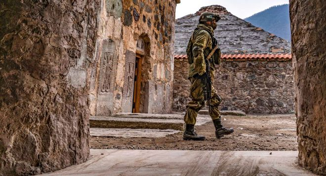 Pháp hành động bất ngờ về Karabakh khiến Azerbaijan sững người - Tăng Thổ tan nát trước không kích của Nga và Syria - Ảnh 2.