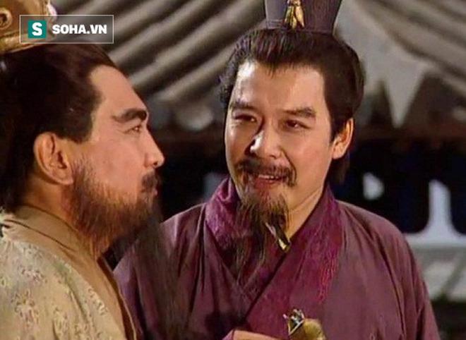 Bị 8 đại tướng của Tào Tháo bao vây, Trương Phi chỉ có đường chết, dựa vào đâu mà ông có thể thoát nạn dễ dàng? - Ảnh 2.