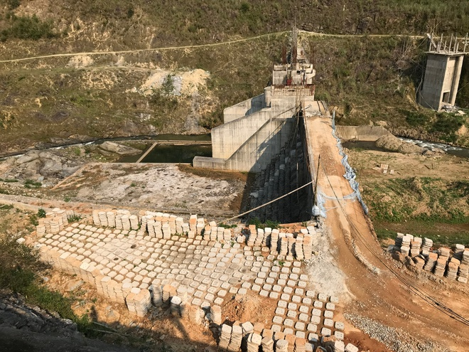 Rủi ro hiện hữu từ dự án thủy điện, tỉnh Nghệ An nói không với các dự án mới - Ảnh 2.
