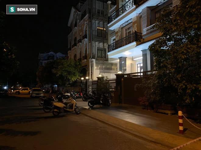 [NÓNG] Lời khai nghi phạm sát hại người Hàn Quốc bỏ xác vào vali ở Sài Gòn - Ảnh 2.