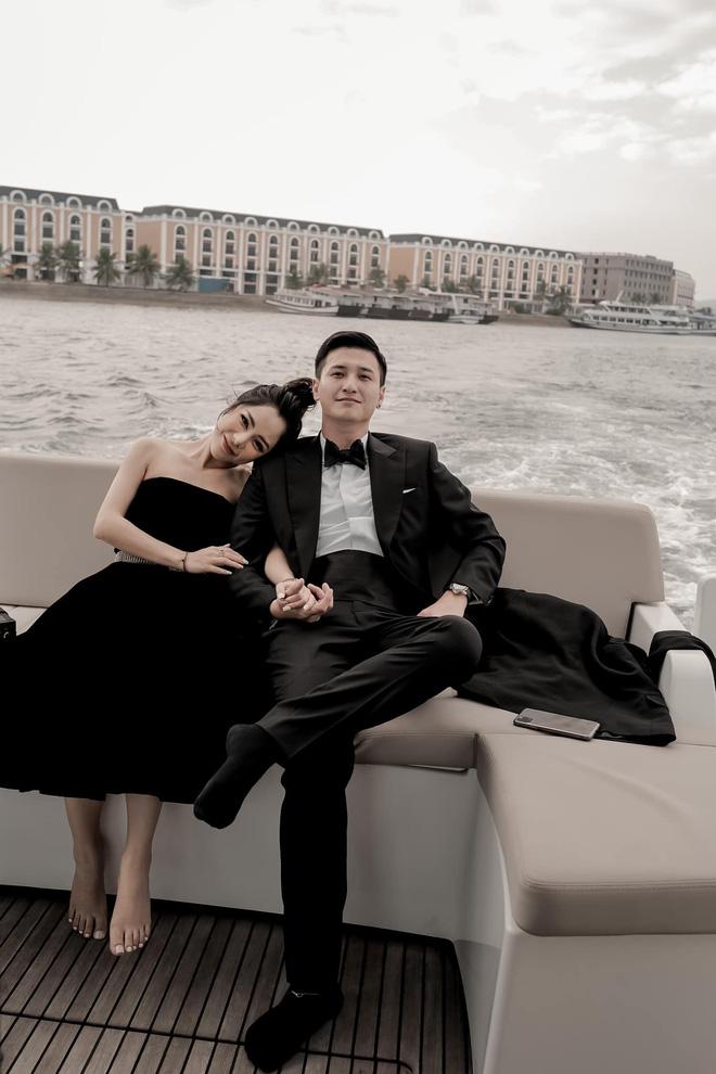Chân dung bạn gái hơn 6 tuổi của Huỳnh Anh: Nhan sắc nóng bỏng, là mẹ đơn thân - Ảnh 1.