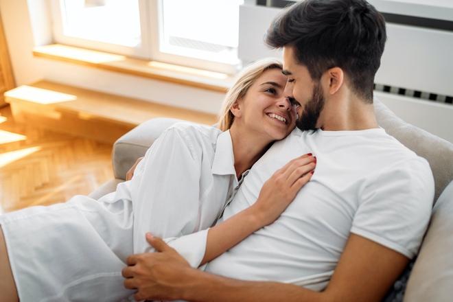 Những kiểu quan hệ tình dục vừa hại thân vừa hại thận: Cặp đôi nào cũng cần lưu ý - Ảnh 1.