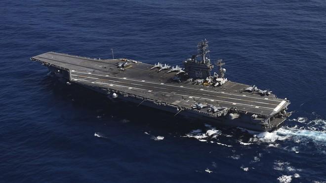 Iran gửi thông điệp chết chóc, quân Mỹ ở Trung Đông có hành động lạ: Vịnh Ba Tư nóng rực - Ảnh 1.