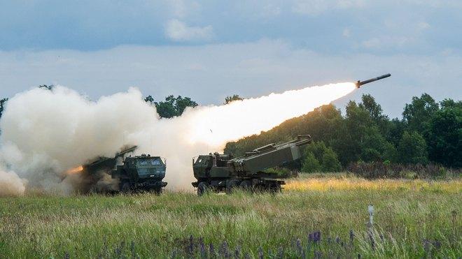 Mỹ đưa siêu pháo đến châu Âu, người Nga gặp rắc rối lớn: Hé lộ mục tiêu đầu tiên - Ảnh 1.