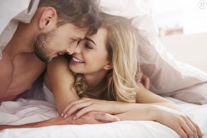 Quan hệ với 10 bạn tình trở lên có thể tăng nguy cơ ung thư: Vì sao vậy? - Ảnh 1.