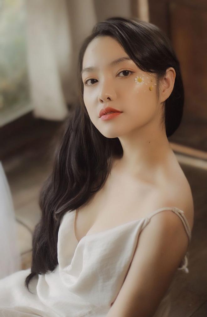 Hồng Kim Hạnh đẹp ngọt ngào ở tuổi 32 - Ảnh 6.