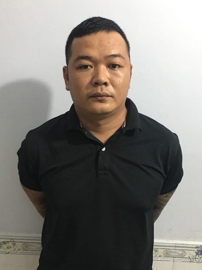 Đối tượng Huỳnh Minh Trung bị Công an quận 8 bắt ở Phú Quốc - ảnh 1