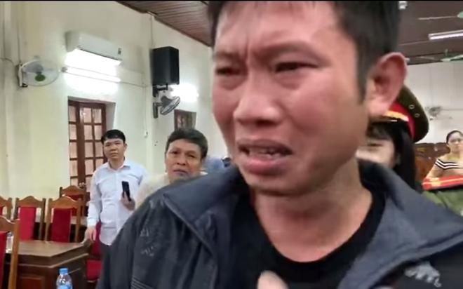 Chủ trang trại khóc nức nở khi nhận 80 triệu đồng từ ca sỹ Thủy Tiên - Ảnh 4.