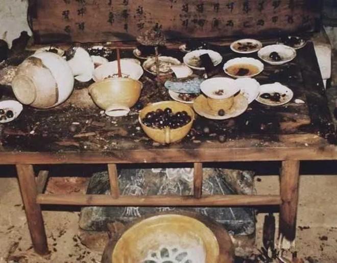 Điều bất ngờ trong lăng mộ trống khiến nhà khảo cổ vò đầu bứt tai - Ảnh 7.