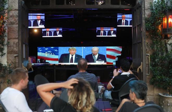 Đau tim tăng bất thường vì bầu cử tổng thống Mỹ: Vì sao nhiều người Mỹ ngã quỵ trước lựa chọn sinh tử? - Ảnh 3.