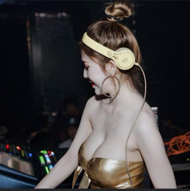 Nữ DJ nổi tiếng bị giật điện thoại, kéo lê 3m ngoài đường phố là ai? - Ảnh 6.