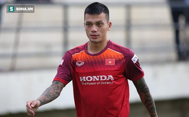 Tự ý đi đá phủi, trung vệ ĐT Việt Nam bị đội bóng chủ quản thanh lý hợp đồng
