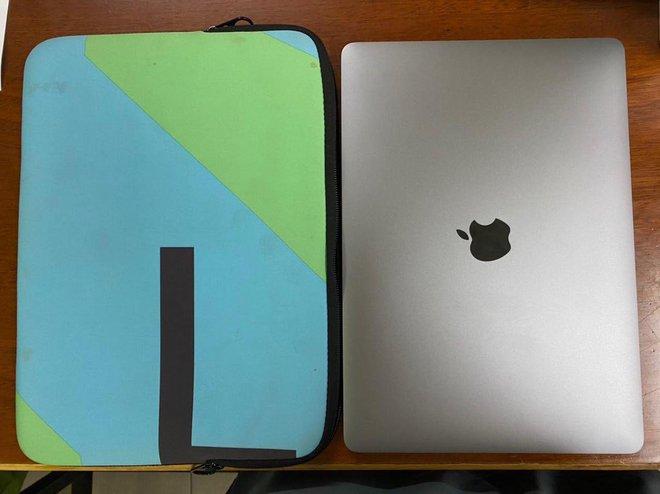Nữ nhân viên khách sạn ở Sài Gòn trộm MacBook Pro của khách lưu trú  - Ảnh 2.