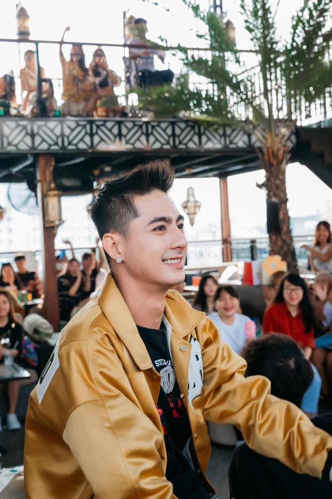 Ricky Star khoe vẻ nhí nhố, đáng yêu trong buổi họp fan - Ảnh 11.