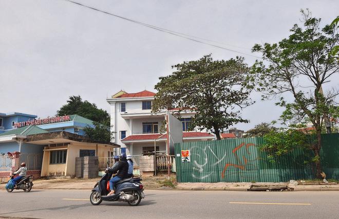 Khóc ròng vì dự án gần 1.000 tỉ bị treo thủ tục ở Quảng Bình - Ảnh 2.