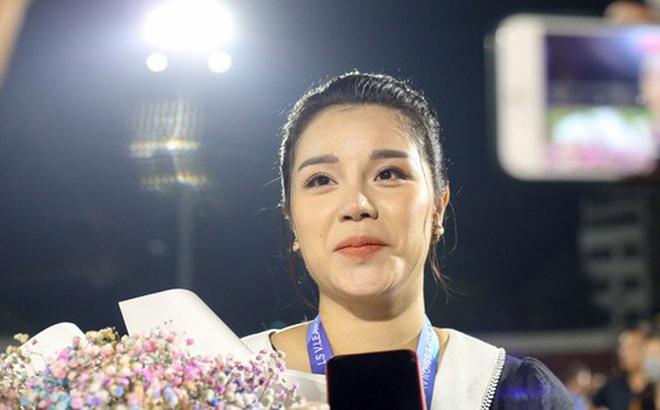 Khánh Linh giấu ngày làm đám cưới với Bùi Tiến Dũng, chỉ tiết lộ thời gian ở rất gần