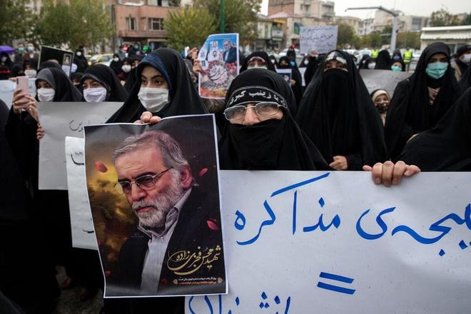 Từ vụ ám sát tướng Soleimani đến nhà khoa học Fakhrizadeh, vì sao Iran vẫn tiếp tục nhẫn nhịn? - Ảnh 1.
