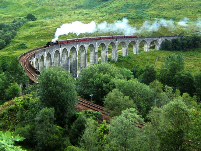Những cây cầu mang truyền thuyết đáng sợ và bí ẩn nhất thế giới - Ảnh 5.