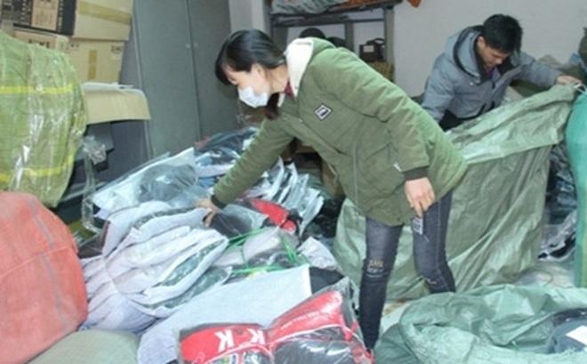Lào Cai: Liên tục bắt giữ nhiều lô hàng quần áo nhập lậu