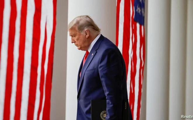 """""""Mọi chuyện vẫn chưa kết thúc"""": Trước thềm cuộc họp Đại cử tri, ông Trump khẳng định """"đã thắng lớn"""""""