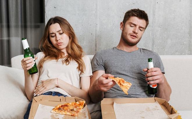 3 việc không nên làm sau khi ăn: Tưởng tốt mà hoá ra gây hại