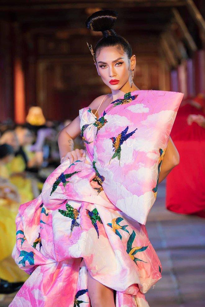Võ Hoàng Yến vén màn góc khuất giới người mẫu Việt, khẳng định hạng A dưới 10 người - Ảnh 2.