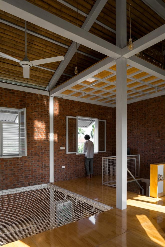 Ngôi nhà chống lũ bằng khung thép chịu lực của Việt Nam lên báo Mỹ - Ảnh 7.