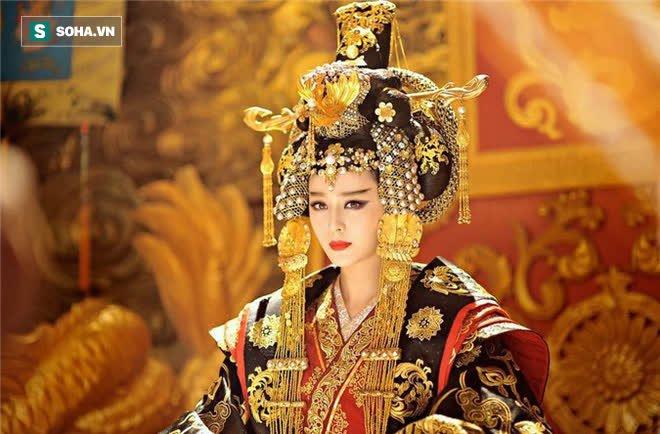 Nhường ngôi chưa được 1 năm đã chết, phải chăng là vì Võ Tắc Thiên đã nuôi quá nhiều nam sủng trong hậu cung? - Ảnh 2.