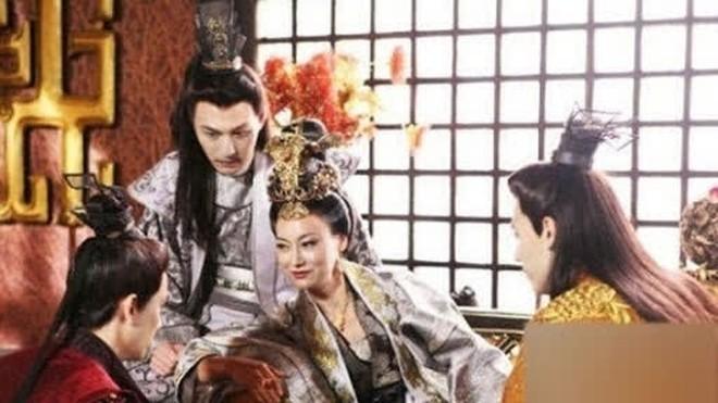 Nhường ngôi chưa được 1 năm đã chết, phải chăng là vì Võ Tắc Thiên đã nuôi quá nhiều nam sủng trong hậu cung? - Ảnh 4.