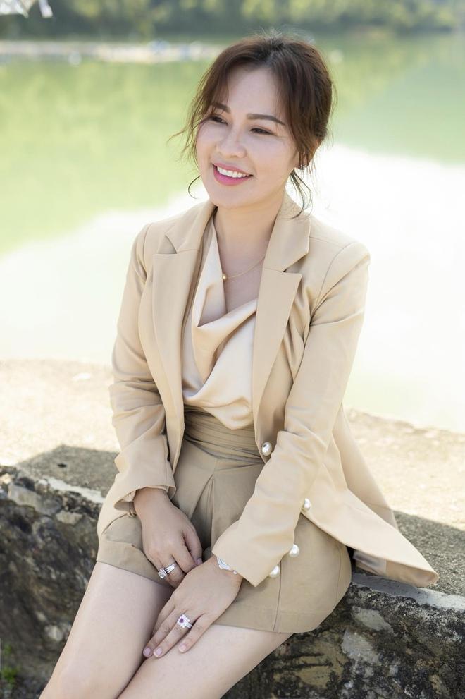 Hình ảnh đời thường của vợ diễn viên Quý Bình: Lúc sang chảnh khi lại giản dị bất ngờ - Ảnh 13.