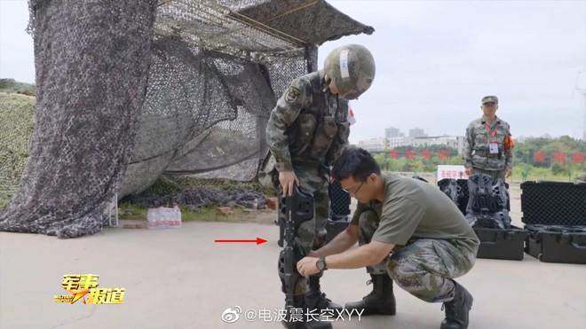 Lính PLA mặc giáp Iron Man: Trung Quốc có lợi thế áp đảo, đây là đáp án của Ấn Độ trước cơn nguy khốn? - Ảnh 1.